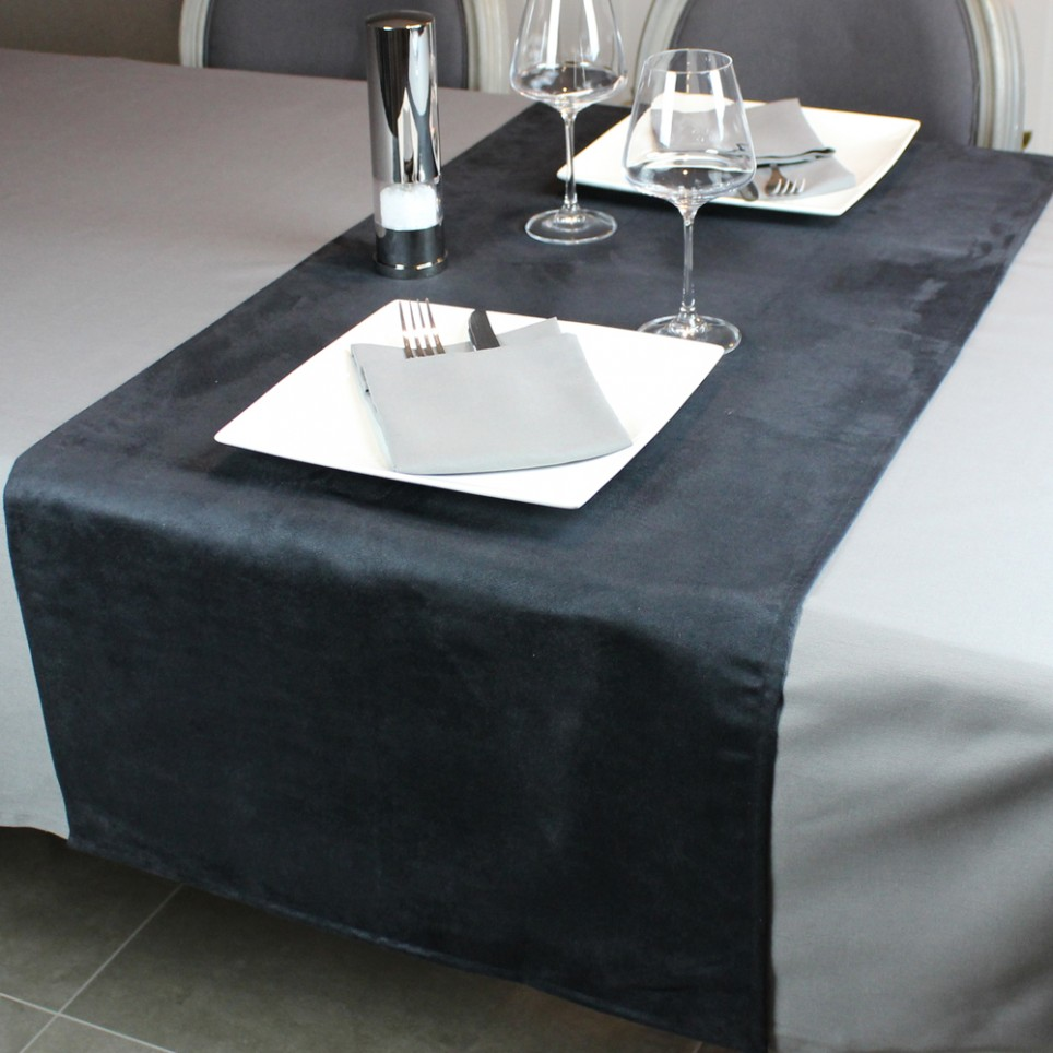 chemin de table segur noir anti taches