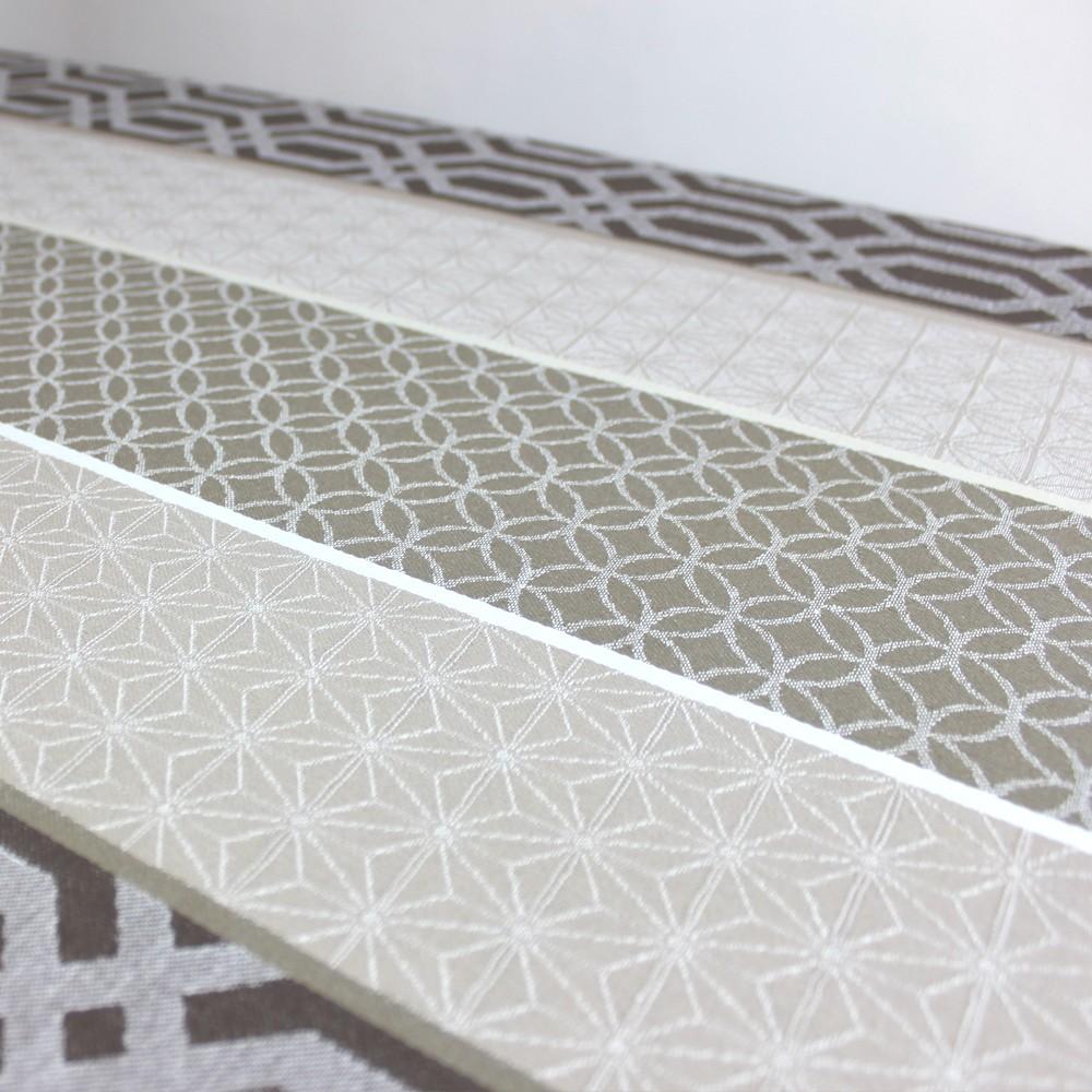 elegant nappe table basse id es de conception de table basse. Black Bedroom Furniture Sets. Home Design Ideas