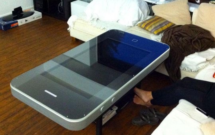 table_iphone